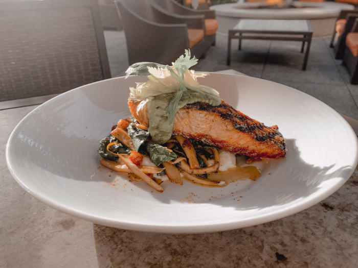 Eats Kitchen Hotel Irvine King Salmon