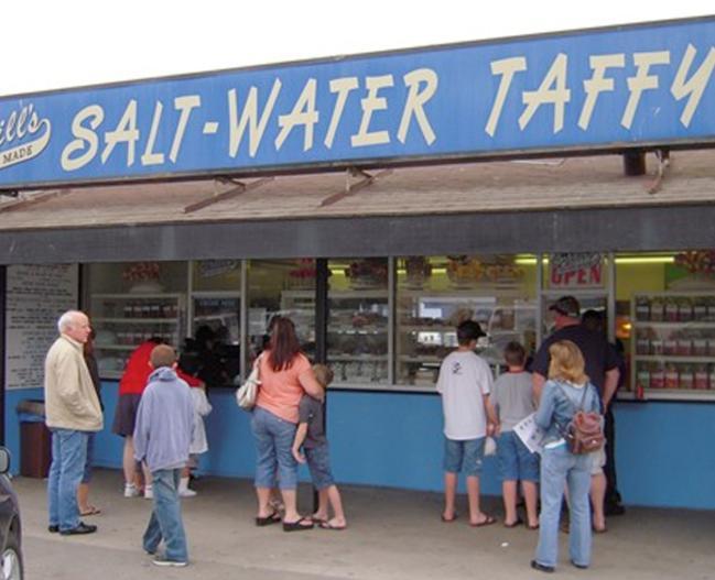 15379_Crills_Salt_Water_Taffy_foodanddrink_LR_pic.jpg