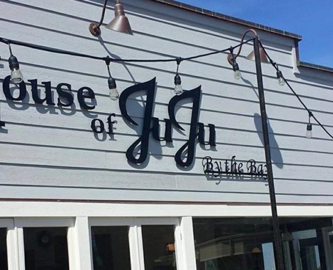 15399_House_of_JuJu_FoodandDrink_LR_pic1.jpg