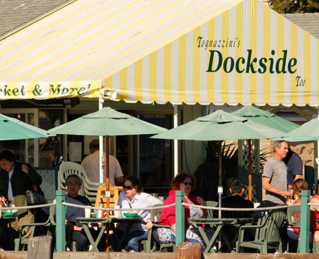 15439_Tognozzini's-Dockside-serves-the-freshest-local-seafood-right-on-the-docks_Photo-Credit-Maryan