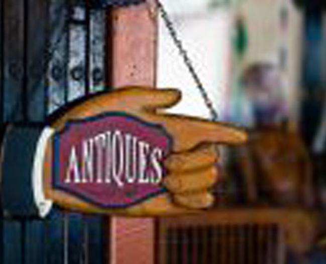 15555_main_street_antiques_thingstodo_LR-pic1.jpg