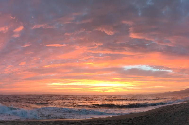 Sunset-Poplar-Beach-in-Half-Moon-Bay