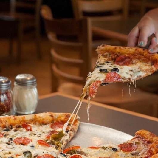 D'Bronx Deli & Pizzeria