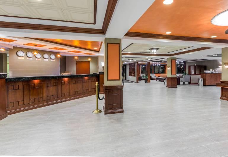 Wyndham Garden-Airport Hotel