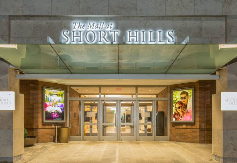 The Mall at Short Hills Sign