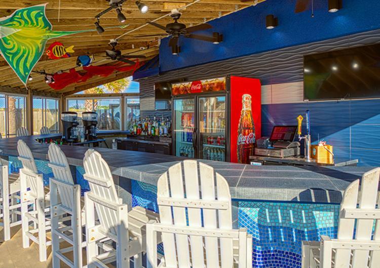 Fishtails Beach Bar