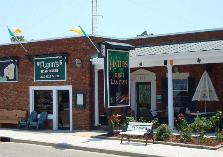 Flynn's Irish Tavern 1