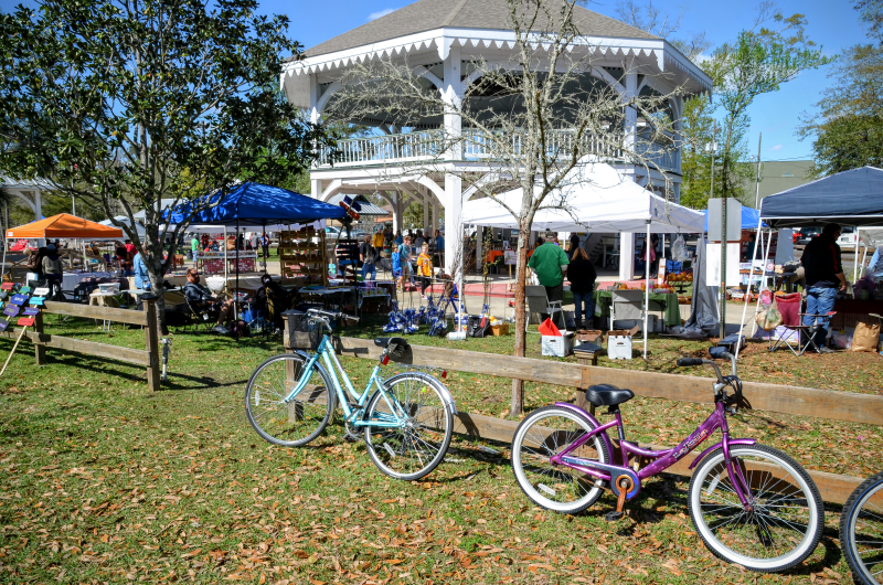 Bikes on front of the Abita Springs Pavilion in Louisiana Northshore
