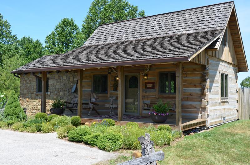 Grandpa's Log Cabin in Unionville, IN