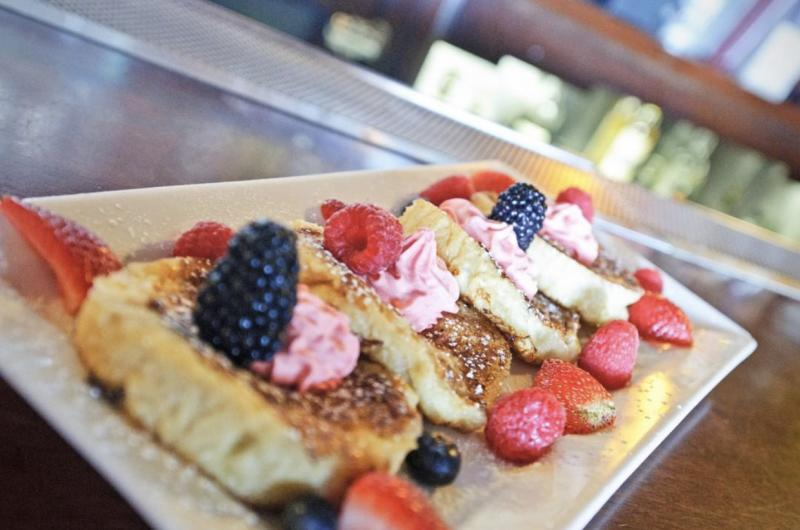 French toast breakfast at seven mile house in brisbane