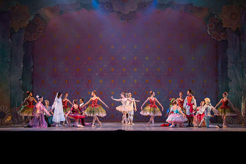 The Nutcracker at Ballet Austin. Photo by Tony Spielberg.