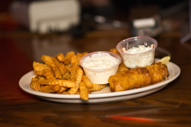 Favorite Fish Fry - Double Day's Sports Bar & Grill - Photo by: Kelsey Smith