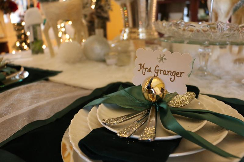 2015-granger-homestead-festival-of-trees-place-setting