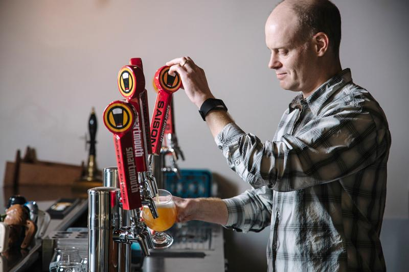 Bartender Pouring at Smartmouth Brewing Company in Norfolk