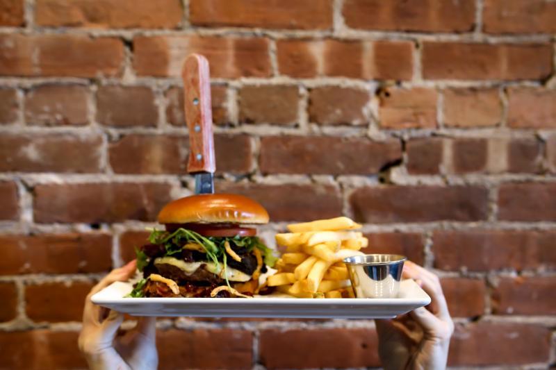 La Forge Burger Bender