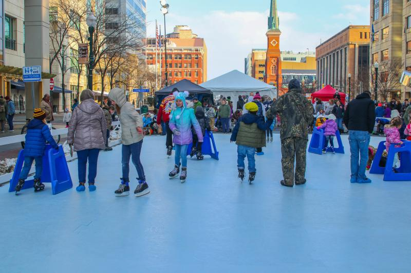 Harrisburg's Ice & Fire Skating Rink