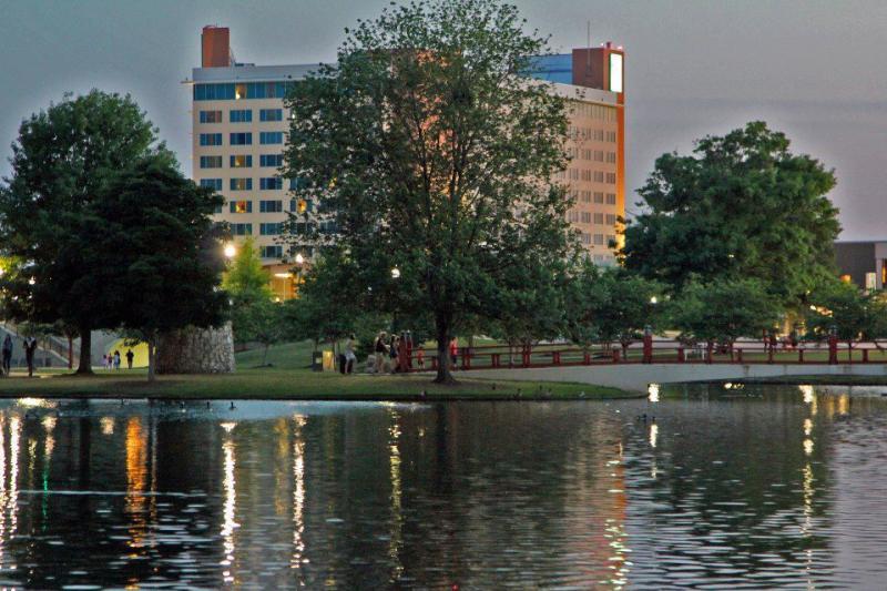 Embassy Suites w/Big Spring Park