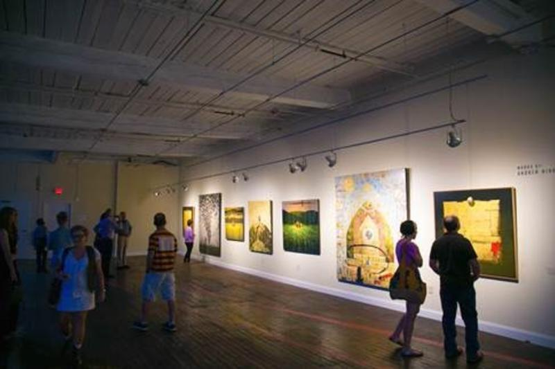 Arts Lover Photo - Lowe Mill