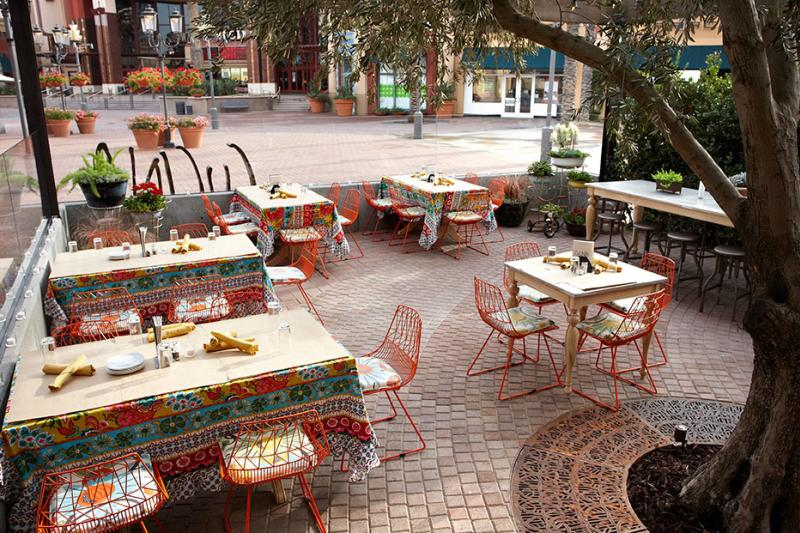 Outdoor seating at Cucina Enoteca