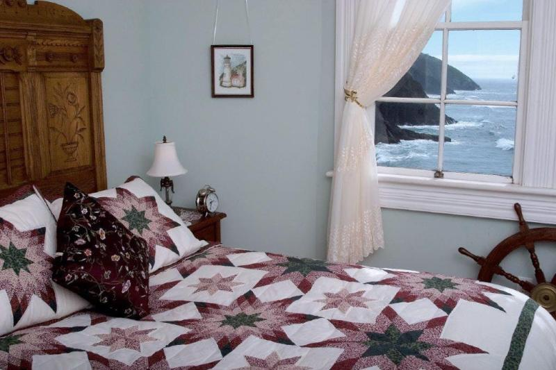 Heceta Head Lighthouse Bed & Breakfast courtesy of Heceta Head B&B