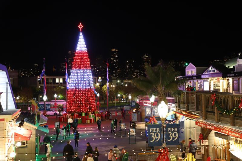 Pier-39-Christmas-Tree-by-Pier-39