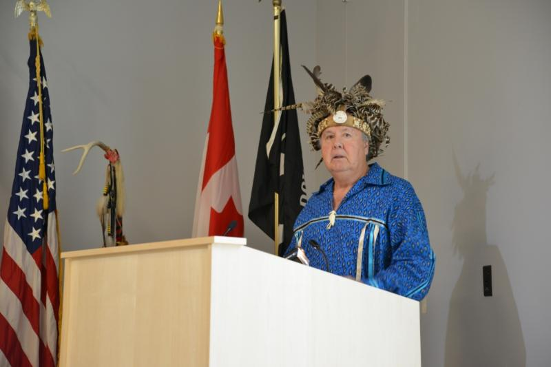 seneca-art-and-culture-center-ganondagan-people-pjemison-at-podium