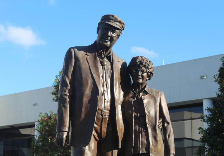 Bill & Anne Statue