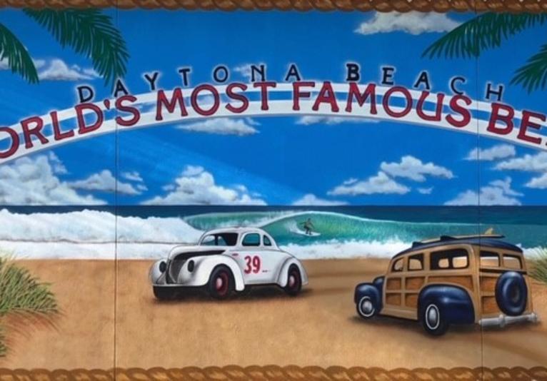Crabbys mural