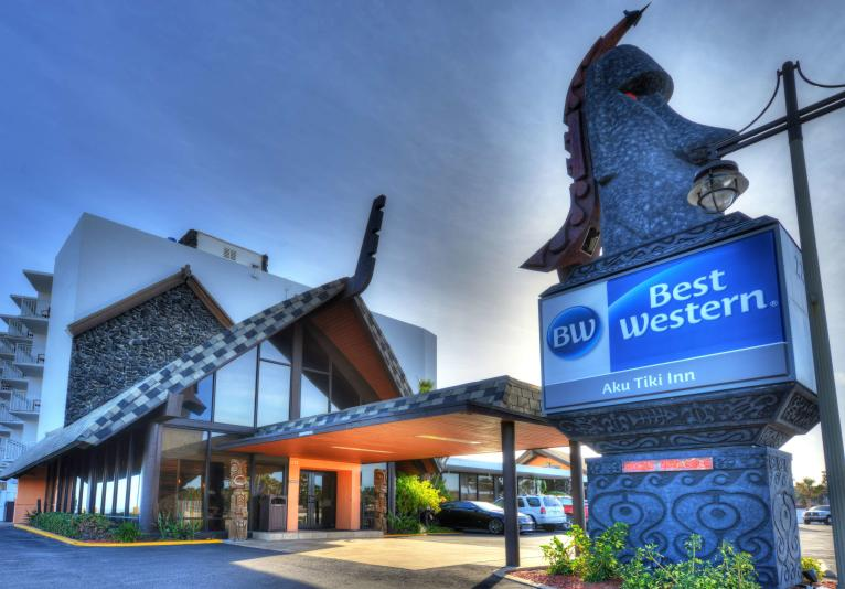 Best Western Aku Tiki Inn - Tiki Tom