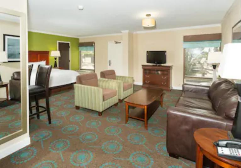Hampton Inn Room