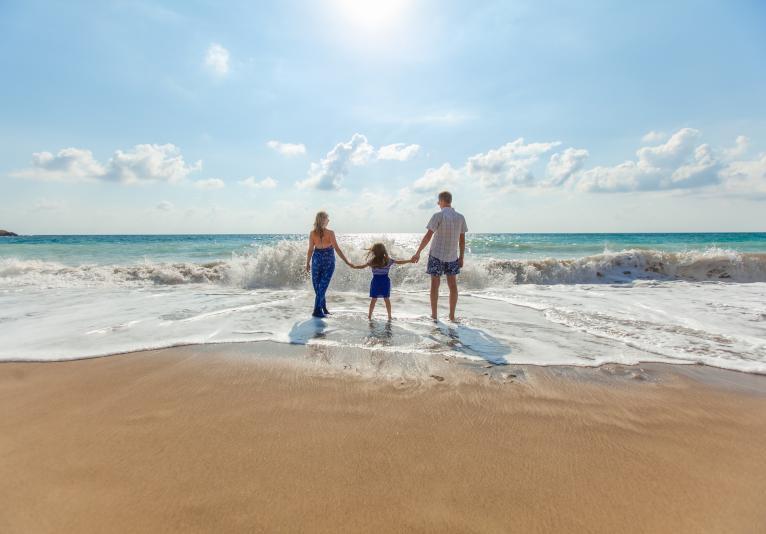 Daytona Beach Resort - FAMILY ON BEACH