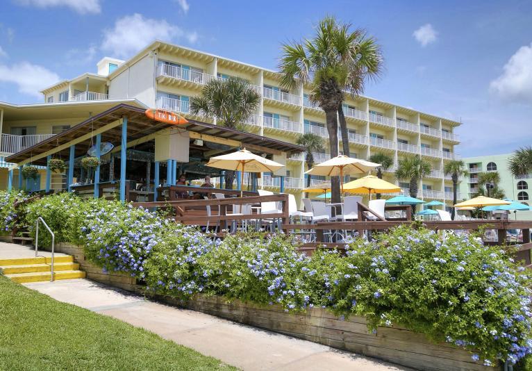 Mango Sun Restaurant & Tiki Bar