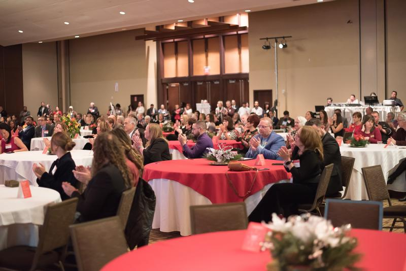 2019 Quarterly Meeting & Holiday Party Guests at Tables