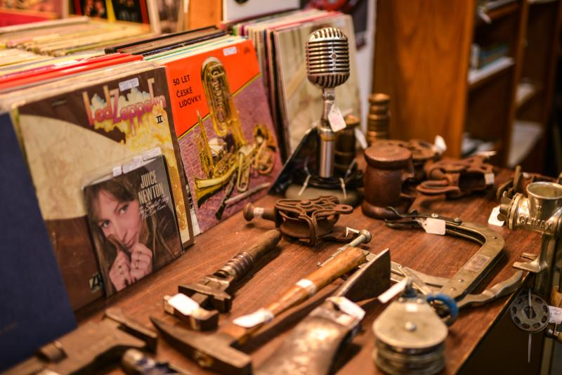 Florence Antique at the Purple Pelican Antique Mall by Melanie Griffin