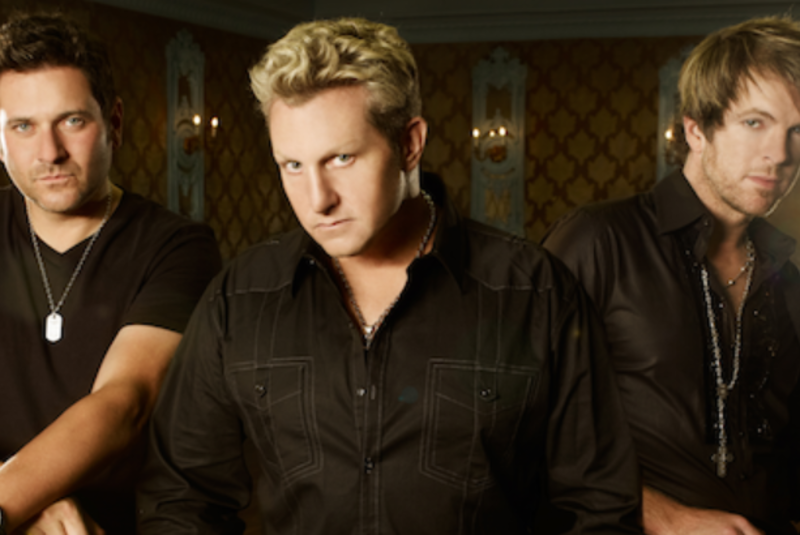 Rascal Flatts at Strawberry Festival