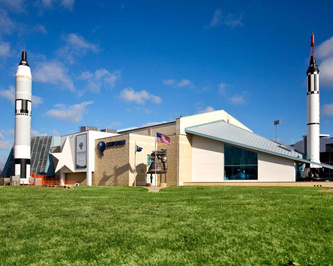 Exterior picture of the Kansas Cosmosphere in Hutchinson on a sunny day