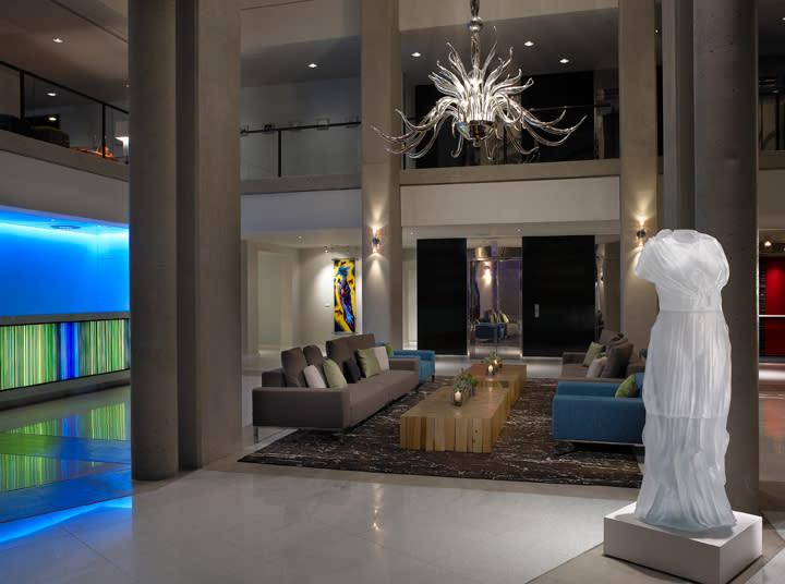 2019 Murano Lobby