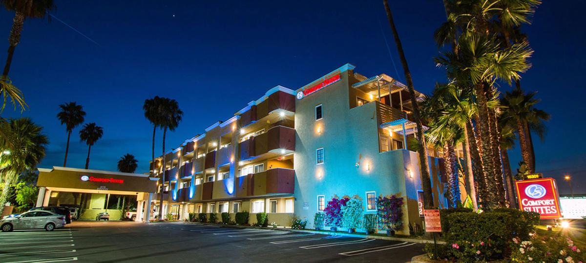 DTN - Comfort Suites Huntington Beach - Header - Hotels/Motels
