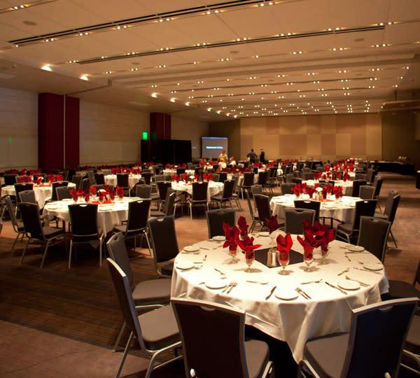 Utah Valley Convention Center Banquet