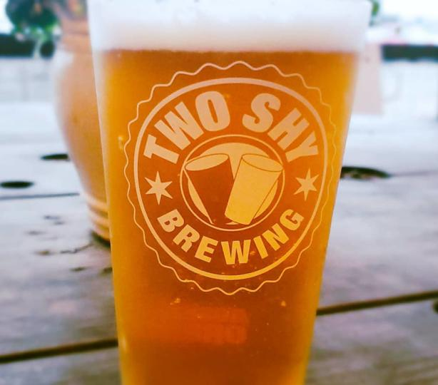 Glass of Northwest style IPA beer
