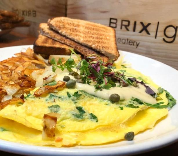 Brix brunch with omelette and hashbrowns.