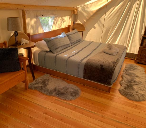 Pioneer - Luxury Glamping Tent