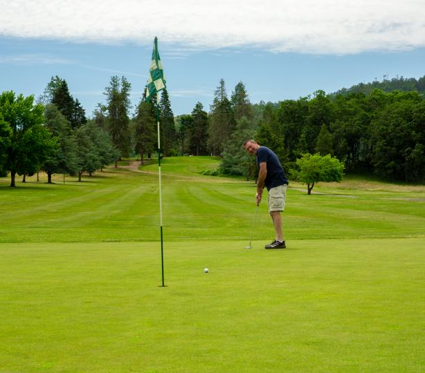 Stewart Park Golf Course