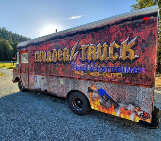 Thunders'Truck BBQ & Catering