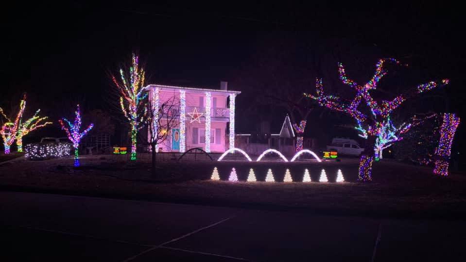 Christmas Lights on Longview Lane