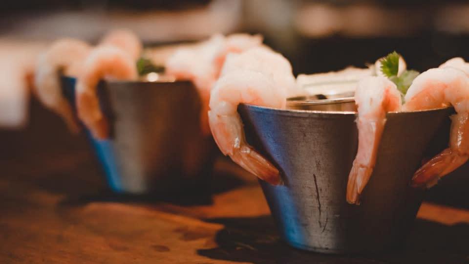 Sandbar Dine OutSide