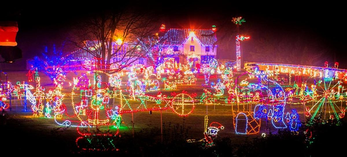 Christmas Light Display Near Me.Holiday Light Displays In Montco