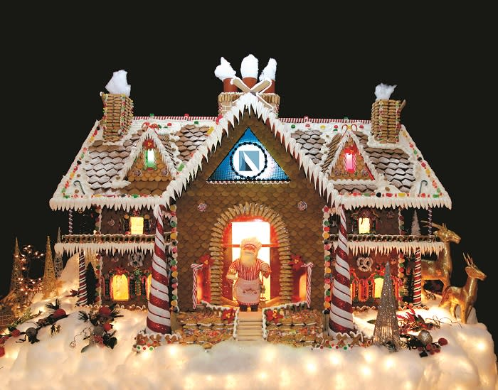 Gingerbread House at Bay Area Houston
