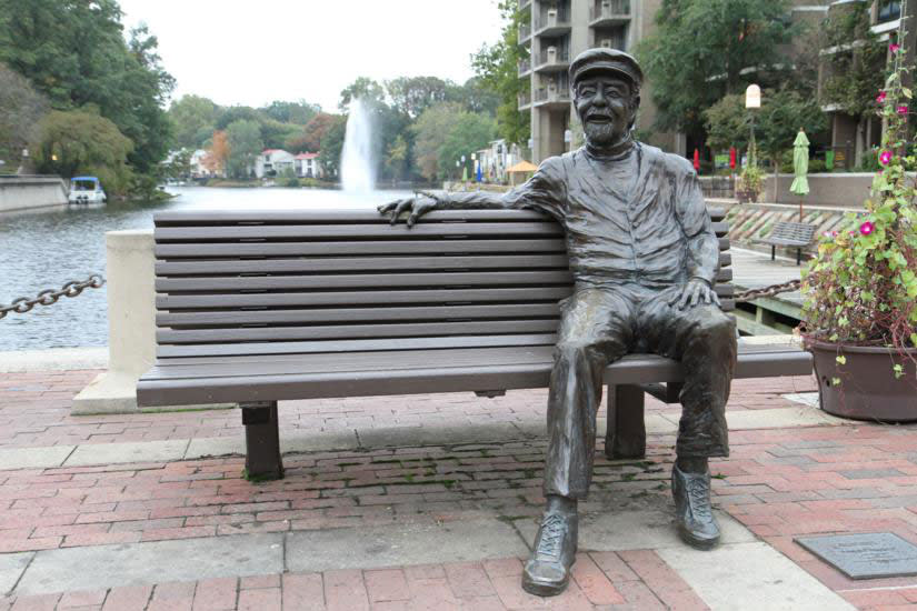 Robert Simon Statue at Lake Anne Village