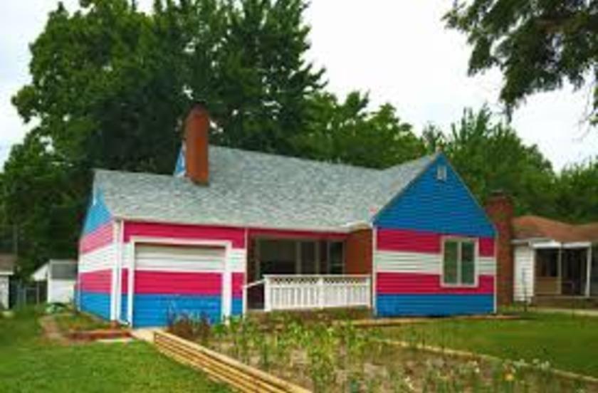 Mott/ transgender house